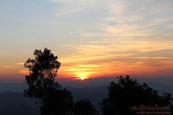 พระอาทิตย์ตกดินที่ดอยค้ำฟ้า(หน่วยจัดการต้นน้ำแม่งาย)