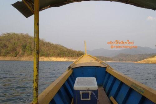 cmhouseboat-03